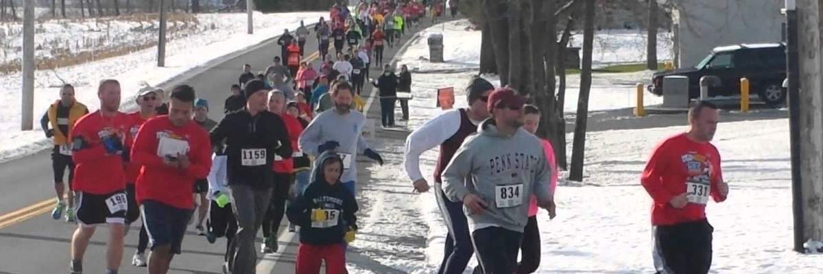 Sticks & Biscuits Thanksgiving Day 5K Banner Image