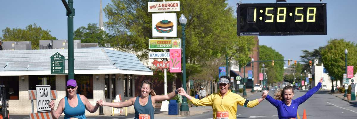 Concord 10 Miler and 4 Miler Banner Image