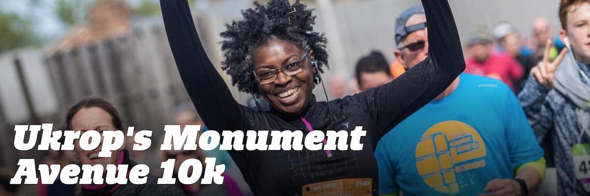 RRRC Volunteers for RRRC Booth at TowneBank Health & Fitness Expo for Ukrop's Monument Avenue 10K Banner Image
